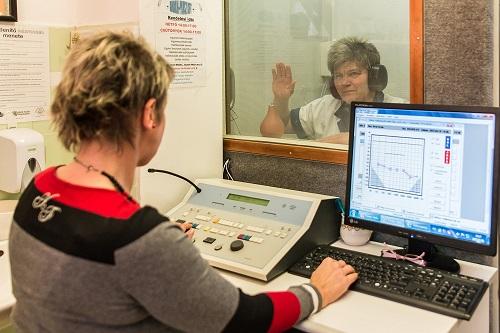 A hallásvizsgálat nem tart sokáig és fájdalommentes